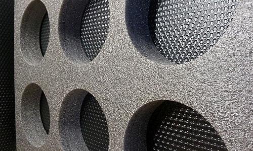 mousse polyethylene reticulee decoupe jet eau