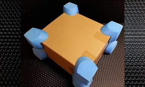 profile cut corner polystyrene bleu